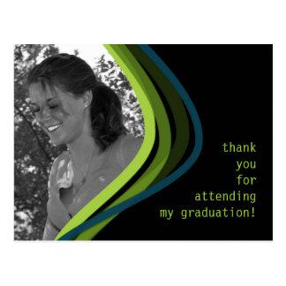 La graduación de encargo de la foto le agradece tarjetas postales