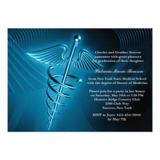 La graduación moderna de la Facultad de Medicina d Invitacion Personalizada