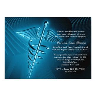 La graduación moderna de la Facultad de Medicina Invitación 12,7 X 17,8 Cm
