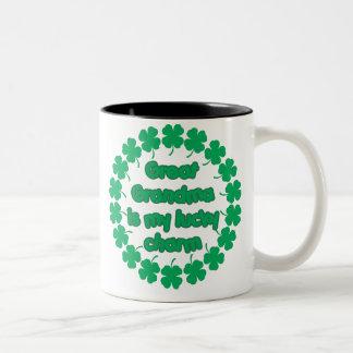 La gran abuela es mi encanto afortunado tazas de café