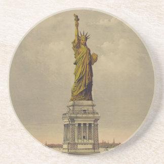 La gran estatua de Bartholdi por el curtidor y Ive