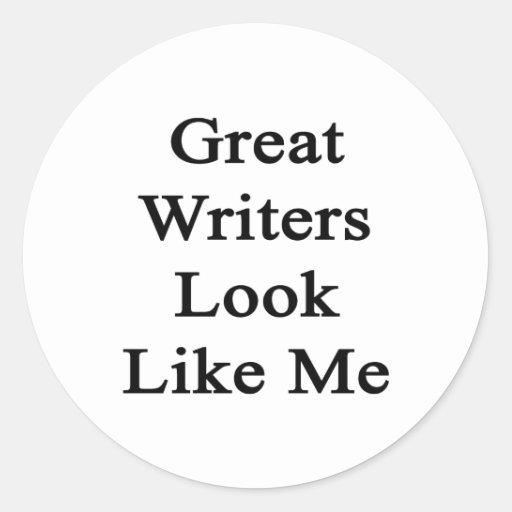 La gran mirada de los escritores tiene gusto de mí pegatina redonda