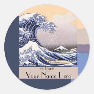La gran onda del Bookplate de Kanagawa Pegatina Redonda