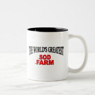 La granja más grande del césped del mundo taza de dos tonos