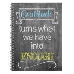 La gratitud da vuelta a lo que tenemos en bastante libretas espirales