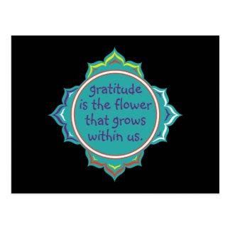 La gratitud es la flor postales