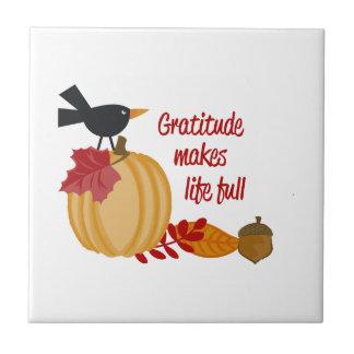 La gratitud hace vida llena azulejo cuadrado pequeño