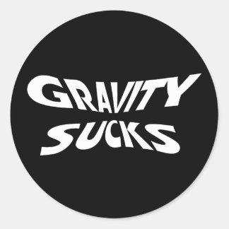 La gravedad chupa - humor divertido de la física pegatina redonda