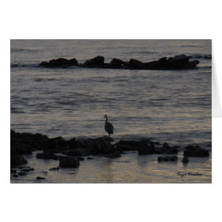 La grúa en la playa en golfo apuntala, tarjeta de