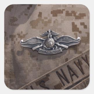 La guerra alistada de la fuerza marina de flota pegatina cuadrada