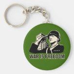 La guerra es libertad llavero