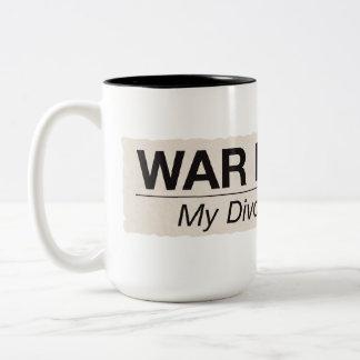 La guerra ha terminado taza de dos tonos