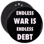 La guerra sin fin es botón sin fin de la deuda pins