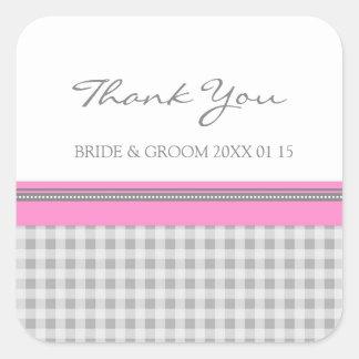 La guinga rosada gris le agradece las etiquetas pegatina cuadrada