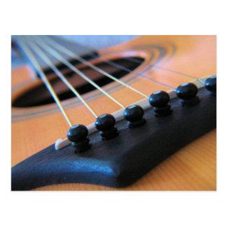 La guitarra ata la postal
