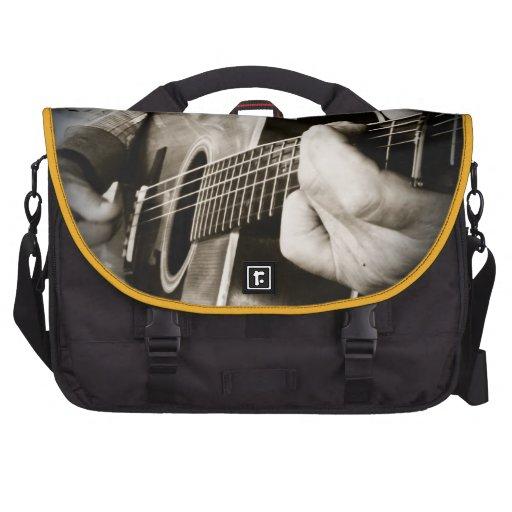 La guitarra da el bolso del ordenador bolsas de ordenador