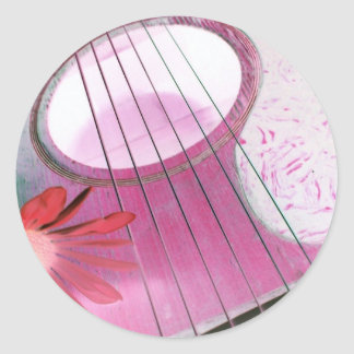 la guitarra rosada ata a los pegatinas pegatina redonda