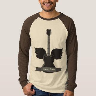 La guitarra se va volando la camiseta polera