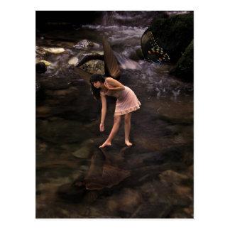 La hada de la charca, postal del arte de la fantas