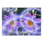 La hada púrpura arrastra la dalia en lona y múltip felicitaciones
