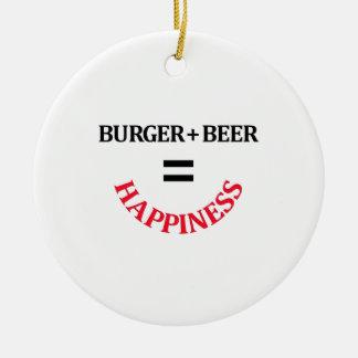 La hamburguesa más la cerveza iguala felicidad adorno navideño redondo de cerámica