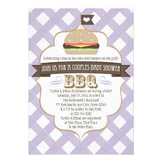 La hamburguesa púrpura junta invitaciones de la fi