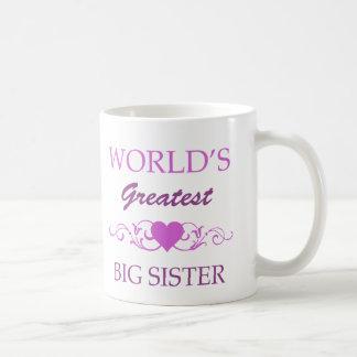 La hermana grande más grande del mundo (púrpura) taza clásica