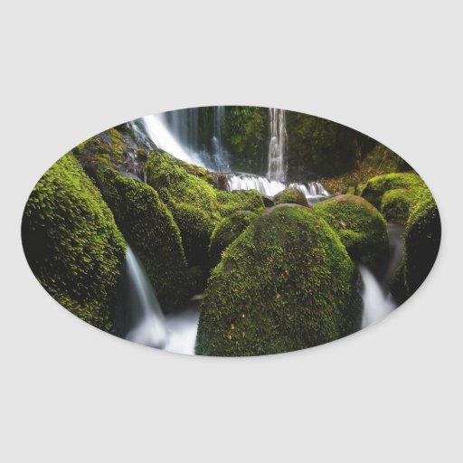 La herradura verde tranquila de la paz cae pegatinas de ovaladas