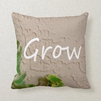 la hiedra en palabra izquierda crece la naturaleza cojín decorativo