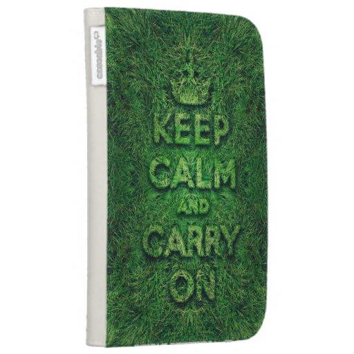 La hierba verde guarda calma y continúa