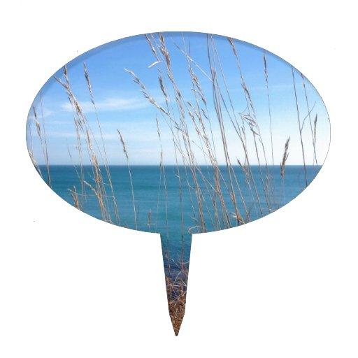 La hierba y el mar hermosos figura de tarta