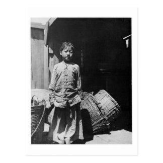 La hija del distribuidor autorizado de los postales