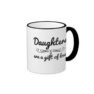 La hija es un regalo del amor taza de dos colores