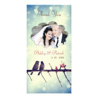 La historia 2 de los pájaros del amor le agradece tarjetas con fotos personalizadas