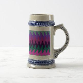 La hoja de sierra rosada púrpura de la aguamarina  taza