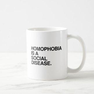 LA HOMOFOBIA ES UNA ENFERMEDAD SOCIAL TAZA BÁSICA BLANCA