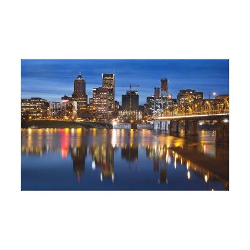 La hora azul de Portland Oregon estiró la impresió Impresión En Lienzo