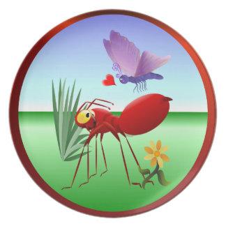 La hormiga de fuego y el Mariposa-Amor púrpura est Platos De Comidas