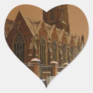 La iglesia Acton de St Mary Pegatina De Corazon Personalizadas