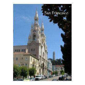 La iglesia de Peter y de Paul y el Coit se elevan Postales