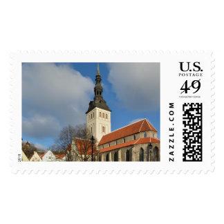 La iglesia de San Nicolás, Tallinn, Estonia Sello Postal