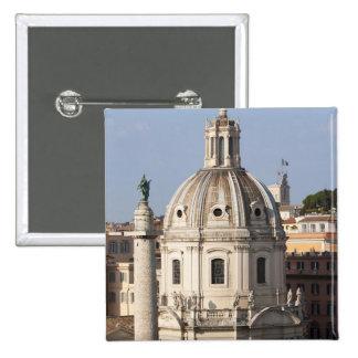 La iglesia de Santissimo Nome di Maria y Pin Cuadrado
