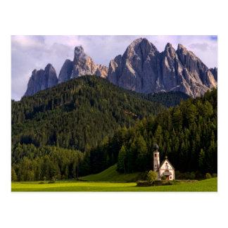 La iglesia sola aislada hermosa llamó Rainui 2 Postal