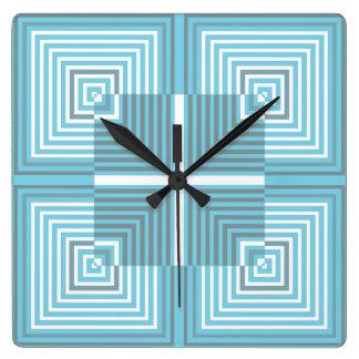 La ilusión óptica ajusta el reloj de pared del