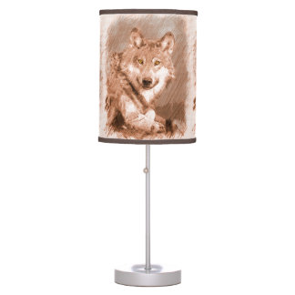 La imagen del bosquejo del lápiz del lobo tejó el lámpara de escritorio