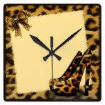 La impresión auténtica de la piel del leopardo del relojes de pared