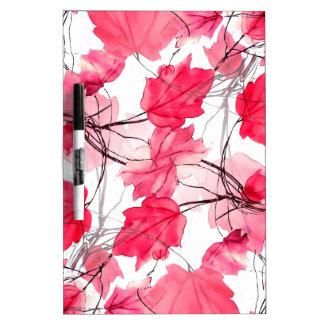La impresión floral remolina diseño decorativo tablero blanco