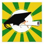 La inclinación del casquillo del graduado con la invitación 13,3 cm x 13,3cm