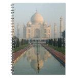 La INDIA, Uttar Pradesh, Agra: El Taj Mahal, mañan Libreta Espiral