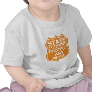 La insignia del soldado de caballería estatal prot camisetas